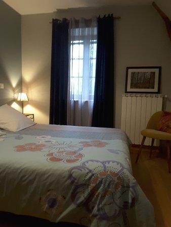 Tauves, فرنسا: chambre SANCY