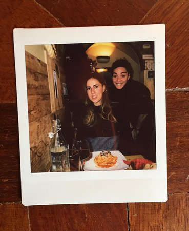 Mimi e Coco: in foto lo staff(Andreea,la mia donna e la sua cara amatriciana a cui tiene molto)