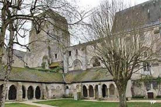 Abbaye de Cormery