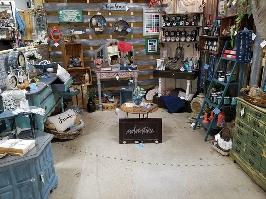 Old Hickory, TN: The Basement Marketplace