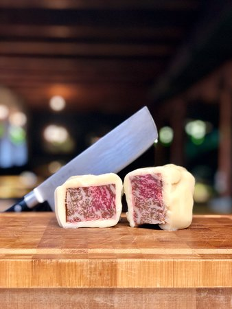 Comix Kitchen & Bar: wagyu beef