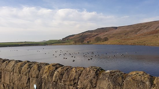 Skipton, UK: Beutiful place and a nice easy walk