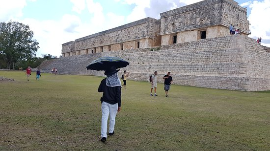 "Our ""tour"" in Uxmal-Kabah"
