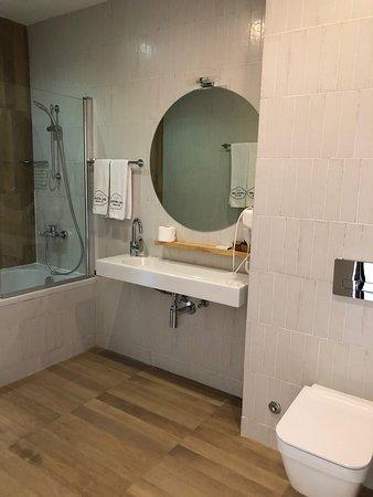 Lopota Lake Resort & Spa: Room 13308