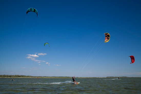 Kherson Oblast, ยูเครน: we have fun to kitesurf in our native Ukranian home spots