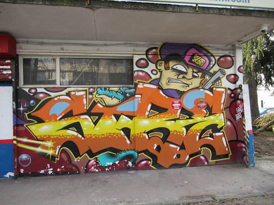 Fresque Tags