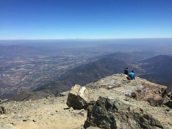 HIKKING PRIVATE TOUR IN NATIONAL PARK LA CAMPANA, VALPARAISO - CHILE SUMMIT 1960 MTS FEBRUARY 2019