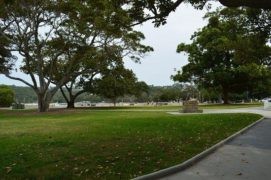 Balmoral Beach Park