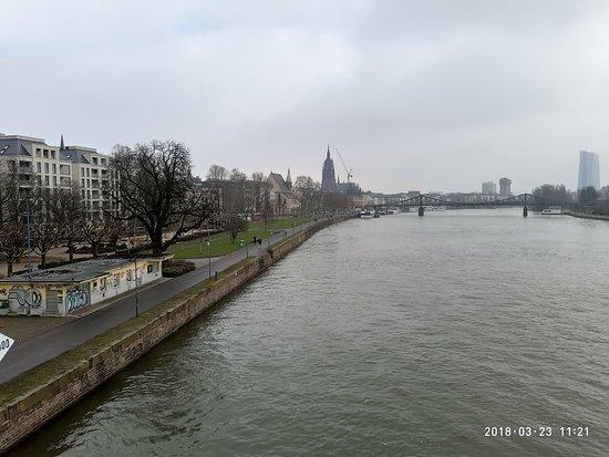 Frankfurt am Main, Deutschland: Frankfurt, Untermainbrucke