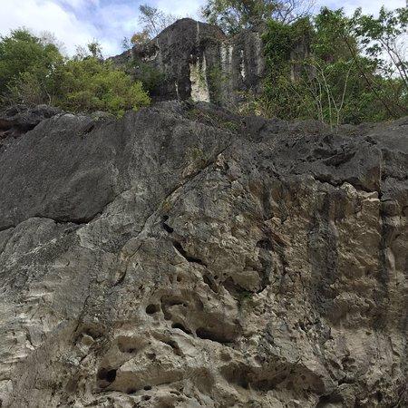 San Miguel, Filippinene: Madlum Cave