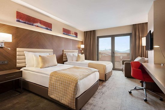 Ramada by Wyndham Isparta: Guest room