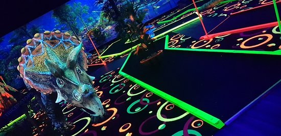 ‪Chillisaurus Mini Golf‬