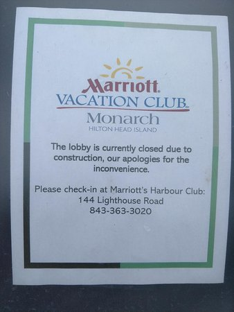 Marriott's Monarch at Sea Pines: Major construction project required check-in at the other Marriott.