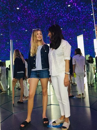 Bring your best travel buddy and feel like you're in a different kind of place at the Museum of Illusions.