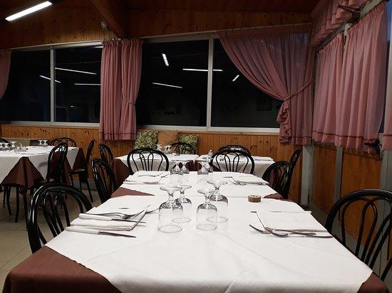 Sambuca Pistoiese, Italy: tavolo