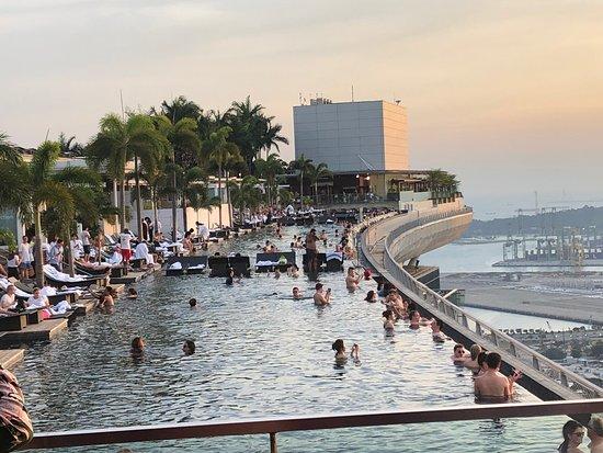 Sands Skypark Observation Deck: Marina Bay Sands Skypark