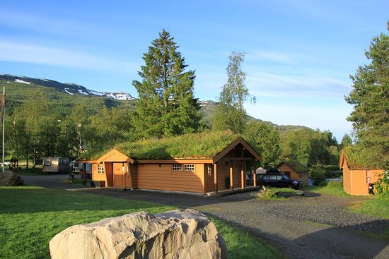 Jolster Municipality, Norway: Camping by the river