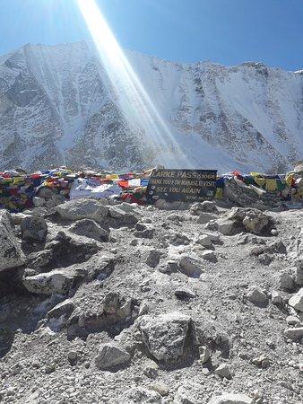 Larkey Pass 16747ft ( Manaslu Trek )