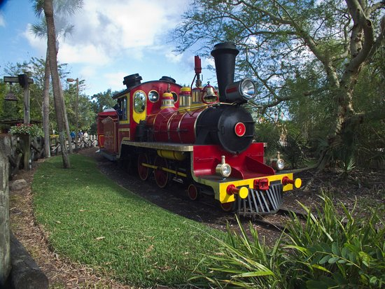 Tampa, FL: Busch Gardens Serengeti express train ride