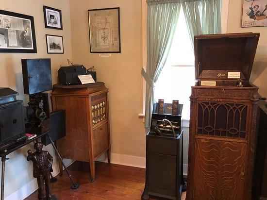 Thomas Edison Birthplace: Edison House