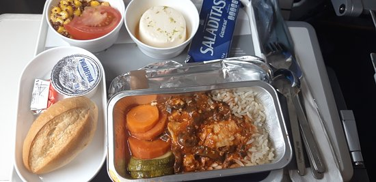 Lufthansa: Regular economy long haul meal