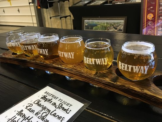 Sterling, VA: beer flight