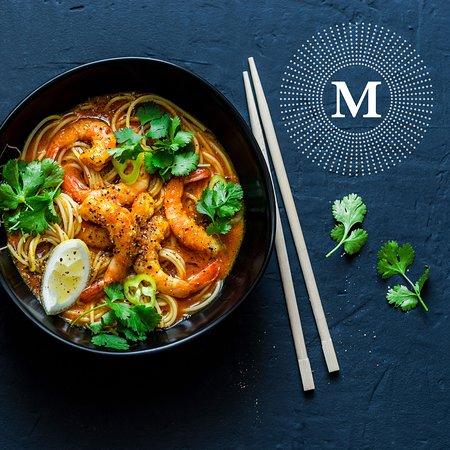 M Cafe & Bar: Curry Laksa