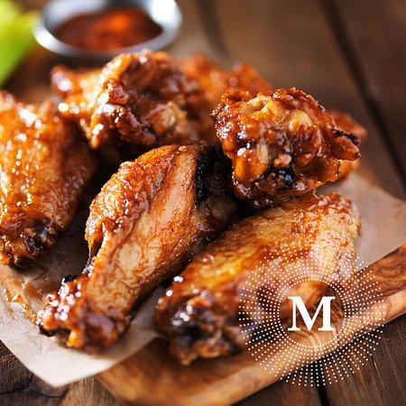 M Cafe & Bar: Deep Fried Crispy Chicken Wing