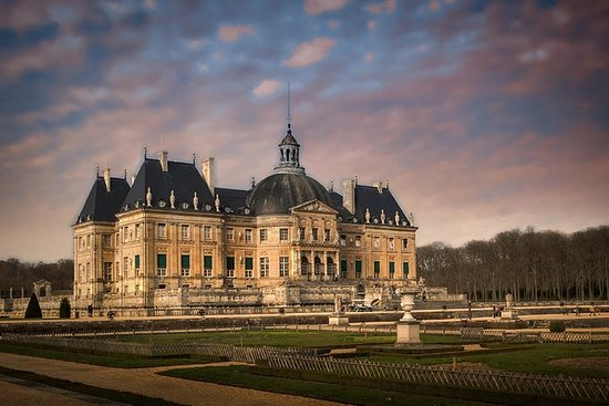 Candlelit evenings at Vaux Le Vicomte...
