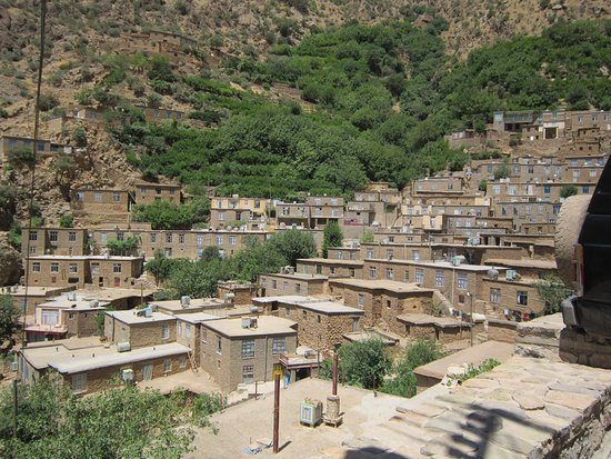 Paveh, Iran: this is one of the beautiful villages in our region. its name is hajij with ancient buildings. I invite you to travel here.