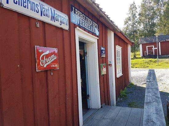 Vasternorrlands museum: Handelsboden, friluftsmuseet Murberget.