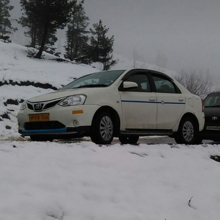 Manali, India: WEPROVIDES A TAXI SERVICE AT VERY AFFORDABLE PRICES