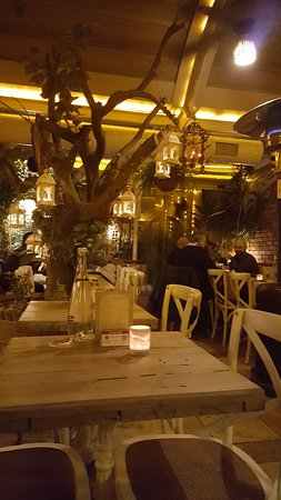 Rose Marine Cafe Restaurant: foto 1