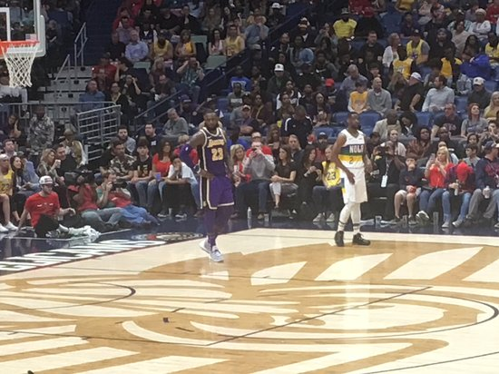 Lakers Vs Pelicans James And The Lakers Lost This Particular Night Picture Of Smoothie King Center New Orleans Tripadvisor