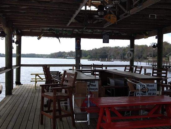 Crescent City, فلوريدا: Dock bar