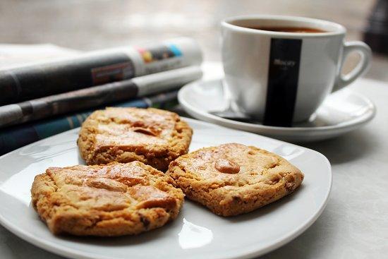 La Ronda Food & Drink: Café con perrunillas
