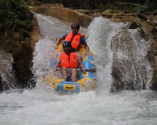 Kuang Si Rafting