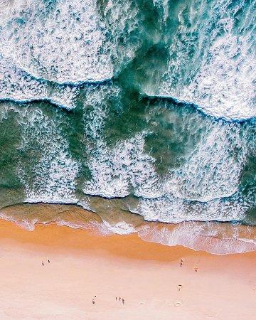La plage de Costa Nova à Aveiro, l'une des plus belles plage du Portugal !