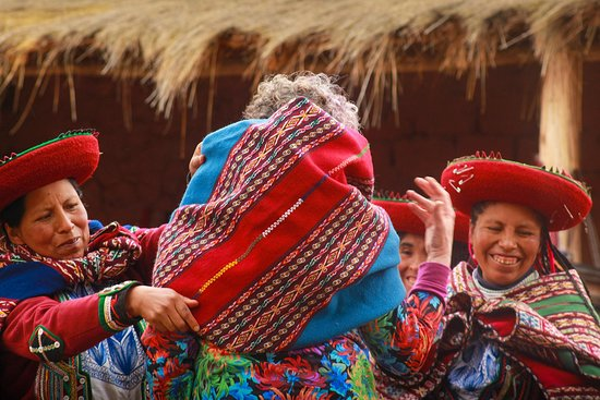 Pasitos Andinos: Meet Quechua people, food & traditions