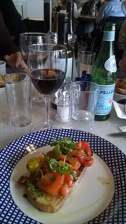 Carluccio's - Portsmouth: Bruschetta for Starter with a lovely bottle of Nero d'Avolo
