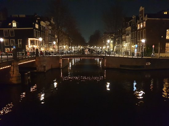 Amsterdam Canal Ring: Canal by night