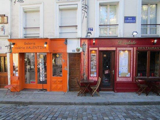 Galererien und Cafes in Montmarter