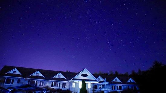 Condominium Square Hills: 深夜の星景写真