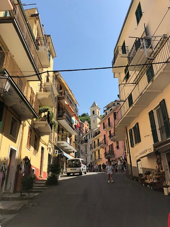 Cinque Terre Day Trip from Florence with optional Hiking: In town