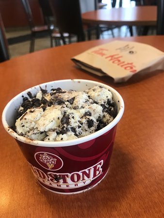 Marysville, MI: Oreo Ice Cream