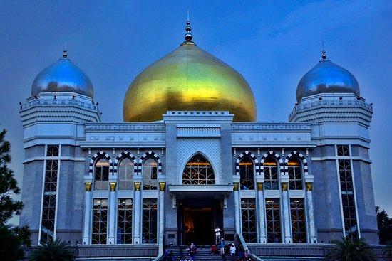 Masjid Agung Trans Studio Bandung