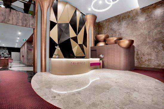 Favehotel S. Parman Medan: Hotel Lobby