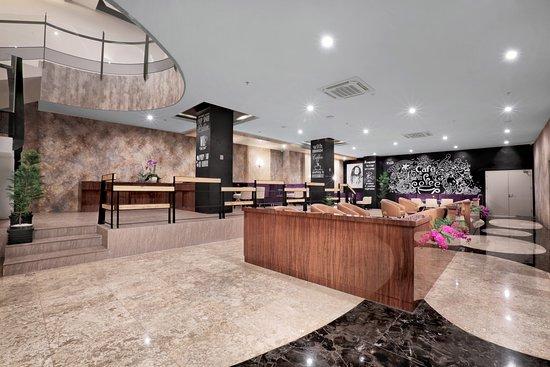 Favehotel S. Parman Medan: Lobby Lounge