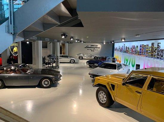 Lamborghini-Ganztagserlebnis mit...
