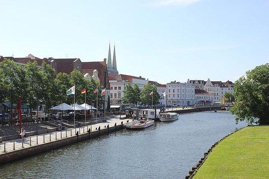 Passeio pedestre de Lübeck com guia...